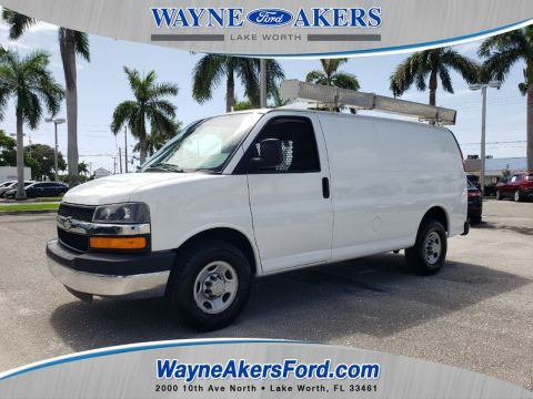 2008 CHEVROLET EXPRESS 2500 CARGO VAN WITH BULKHEAD AND LADDER RACK.